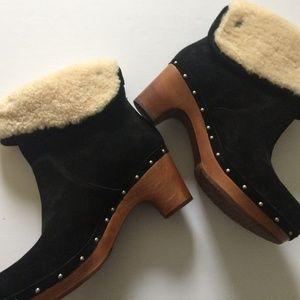 UGG Australia Lynnea Boot Size 9